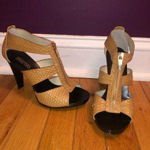 Michael Kors Berkley T-strap heel